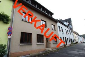 Dreifamilienhaus-in-Unkel